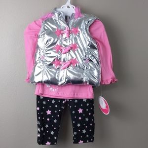 NWT- 3pc outfit-puffer vest w/hood , top, & pants
